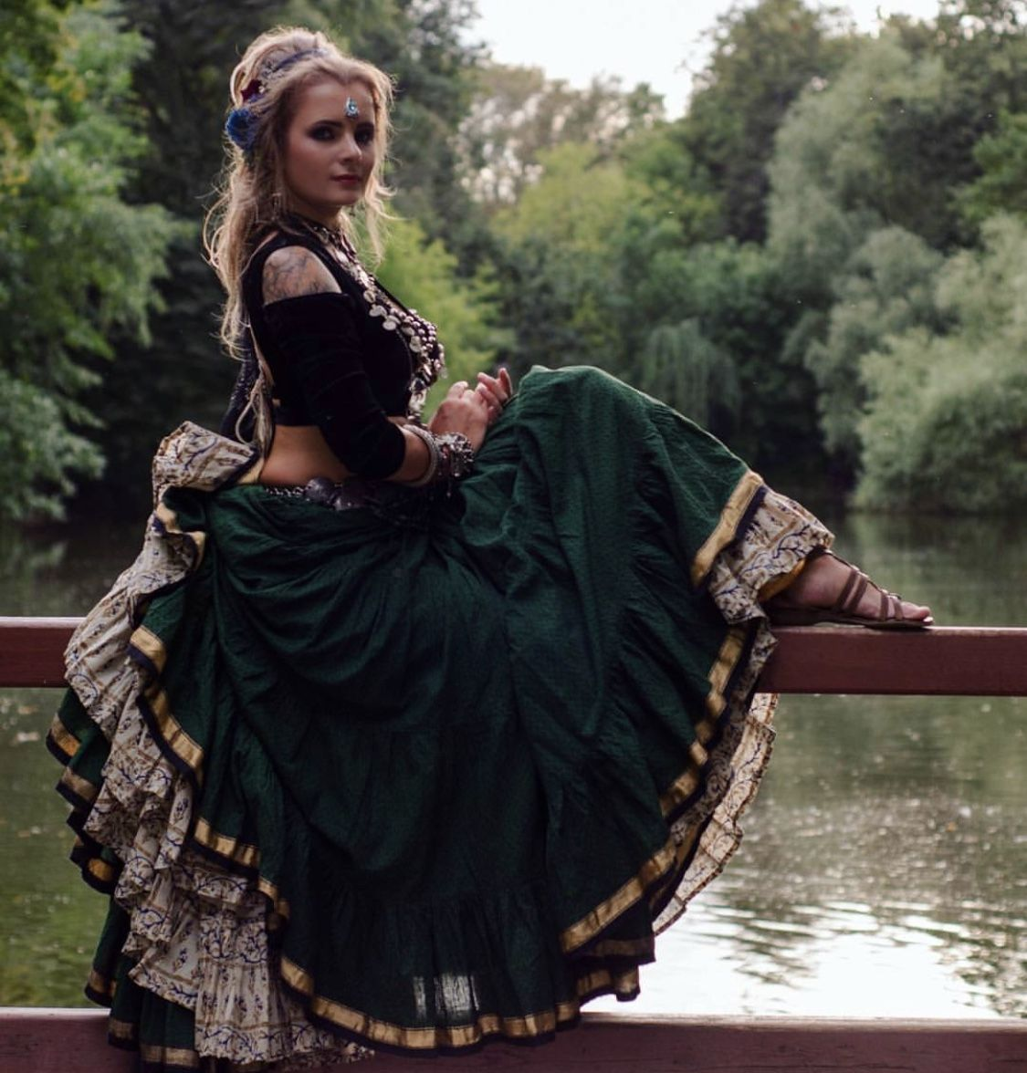 Pin lisääjältä Heidi Kallio taulussa tanssi ♥ Bellydance ... 9e6e375520