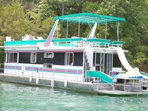 Dale Hollow Lake, TN  Houseboat rentals - the smallest, 60-foot