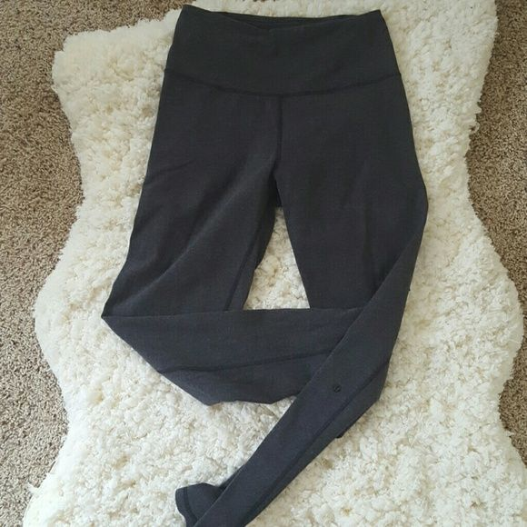 Lululemon Atman pants, 6, Like New Lululemon Atman pants. Worn only a cpl times, mint condition! Dark grey. You can look online to see what they look like. Cross btwn WU and Baserunner in my opinion. Sz dot intact. lululemon athletica Pants