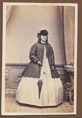 CDV7311 Victorian Carte de Visite Lady with Umbrella J Hogg Kendal | eBay