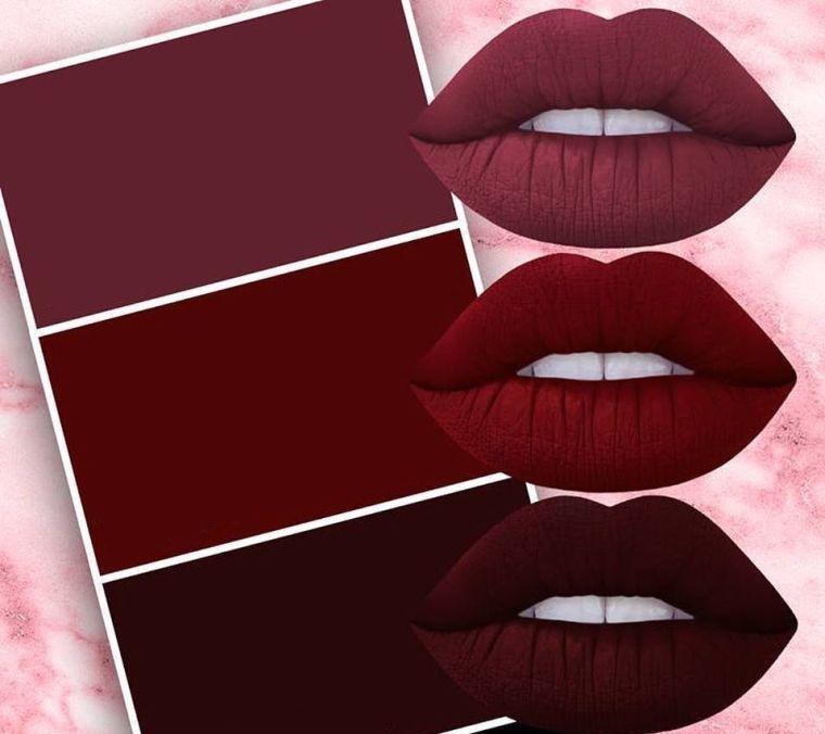 Rouge à lèvres bordeaux foncé, une tendance maquillage à s