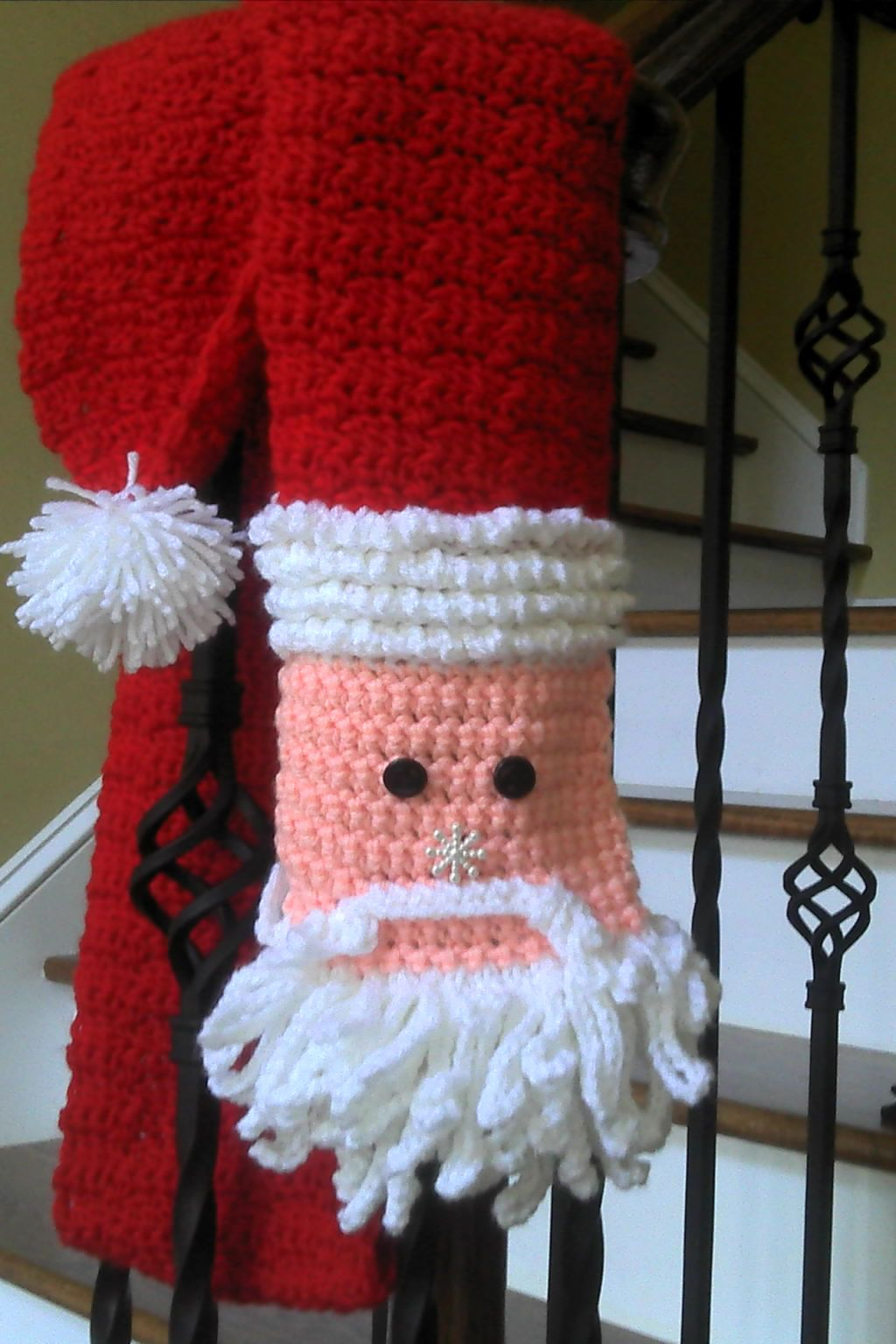 Crochet Santa Scarf...perfect for the Christmas holiday. No pattern ...