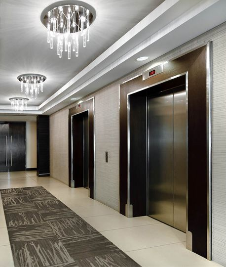 Luxury Apartment Building Entrance: Apartment In An Elevator Building In NYC