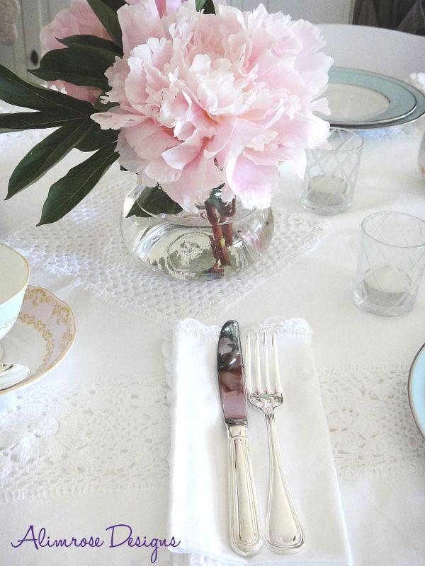 An Alimrose bridal shower table setting ) & An Alimrose bridal shower table setting :) | Party ideas | Pinterest ...