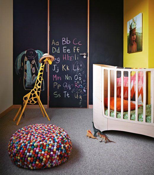 babyzimmer deko idee tafelfarbe kreide zeichnen Kinderzimmer - moderne kinderzimmergestaltung idee