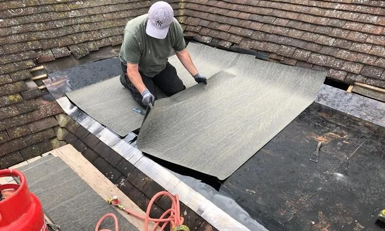 Cost of replacing or repairing a flat roof updated march