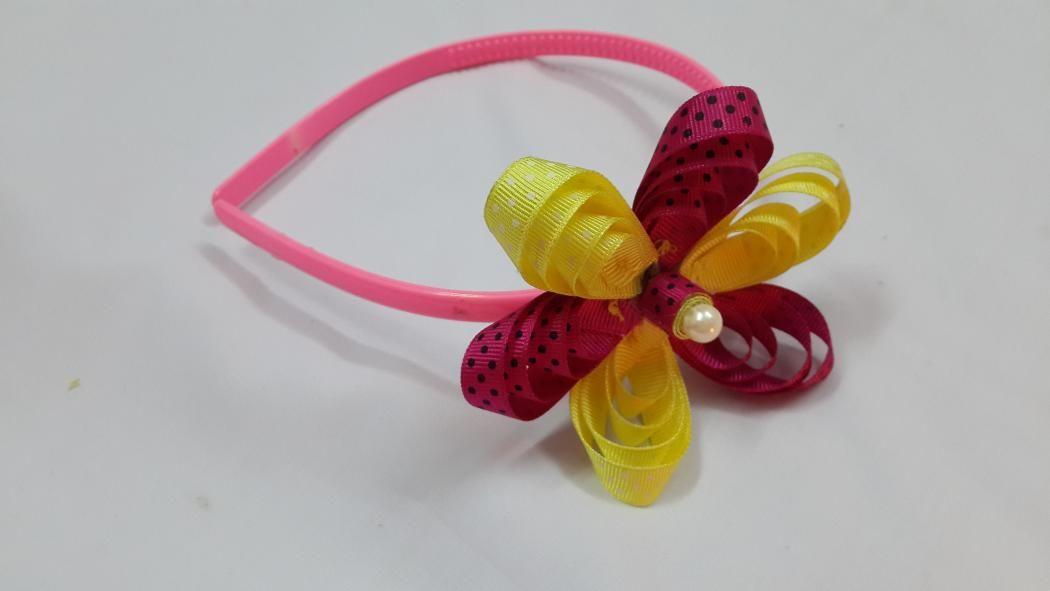 Cute loopy ribbon flower tutorial fora headband. This is very easy DIY craft project.    Materials   ribbon bead headband scissors craft glue thread and needle
