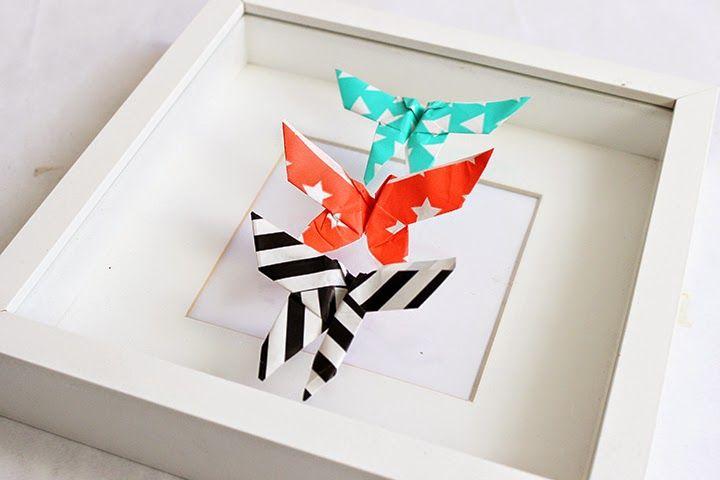Recyclage de papier cadeau diy papillons sous verre papillons and bonjour - Papier cadeau origami ...
