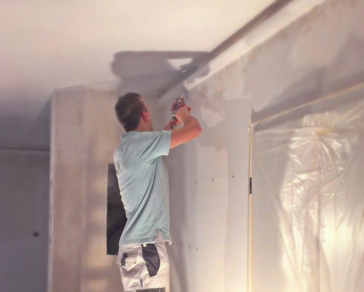 Marmorputz Selber Machen wohnidee im wohnzimmer umgesetzt orac lichtleiste kombiniert mit