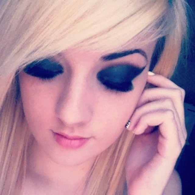 Pin by Samara Noerr on Makeup | Halloween face makeup ... Raccoon Eyes Makeup Crying