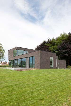 Woning te overijse by hasa architecten moderne woning for Architecten moderne stijl