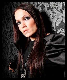 ELESSANDRO ALTERNATIVO: TARJA TURUNEN BRASIL A MUSA DO METAL