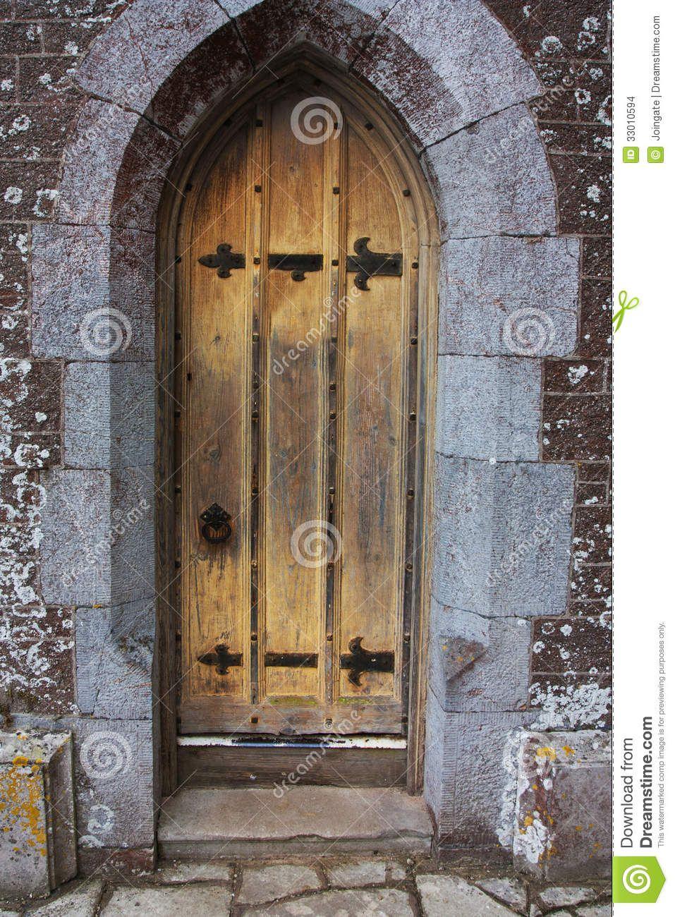 Old Tudor Wooden Oak Door Wih Latches And Locks Oak Doors Castle Doors Old Antiques