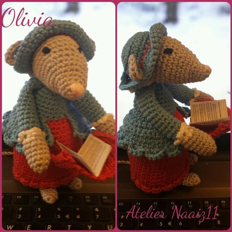 muis olivia dit is een patroon van http://www.mijnwebwinkel.nl/winkel/aminettesworld/