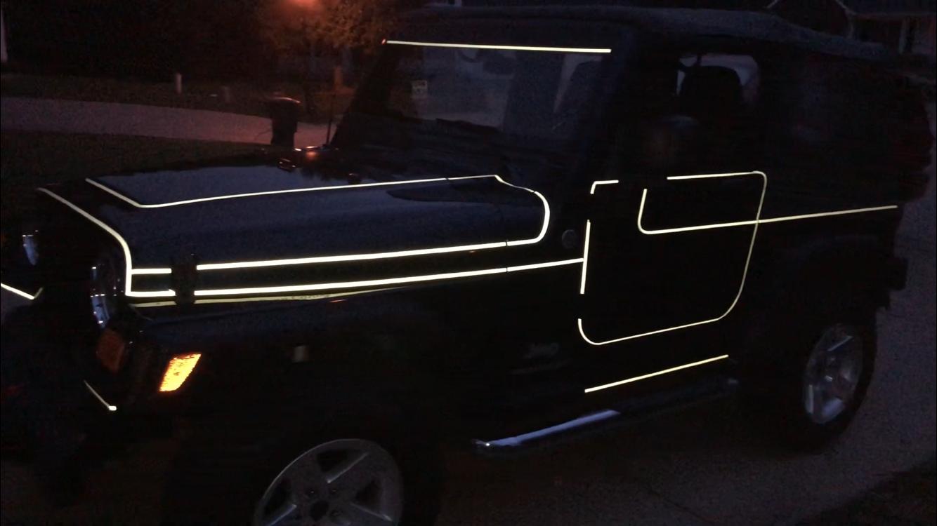 Tron Jeep Jeep Wrangler Jeep Jeep Wrangler Tj [ 750 x 1334 Pixel ]