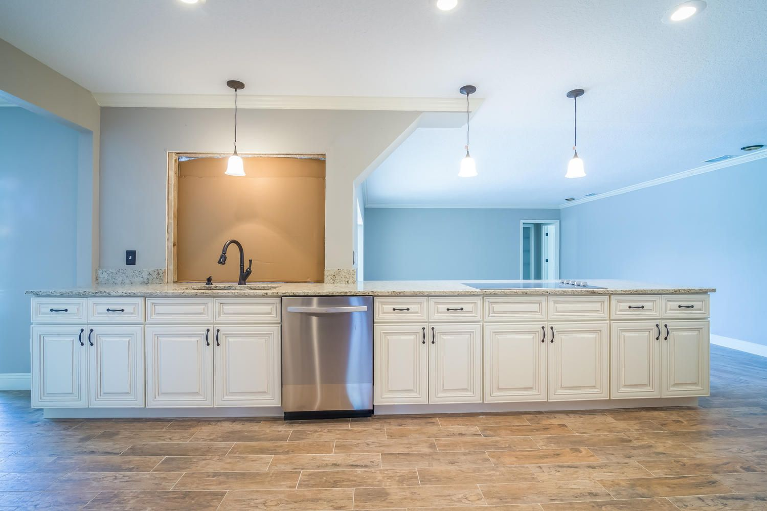 White #Kitchen Cabinets #Remodeling By Lily Ann #Cabinets Hope ...