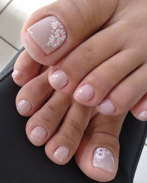 Simple Flower Toenail Design Toe Nail Flower Designs Nail Designs Toenails Easy Toe Nail Designs