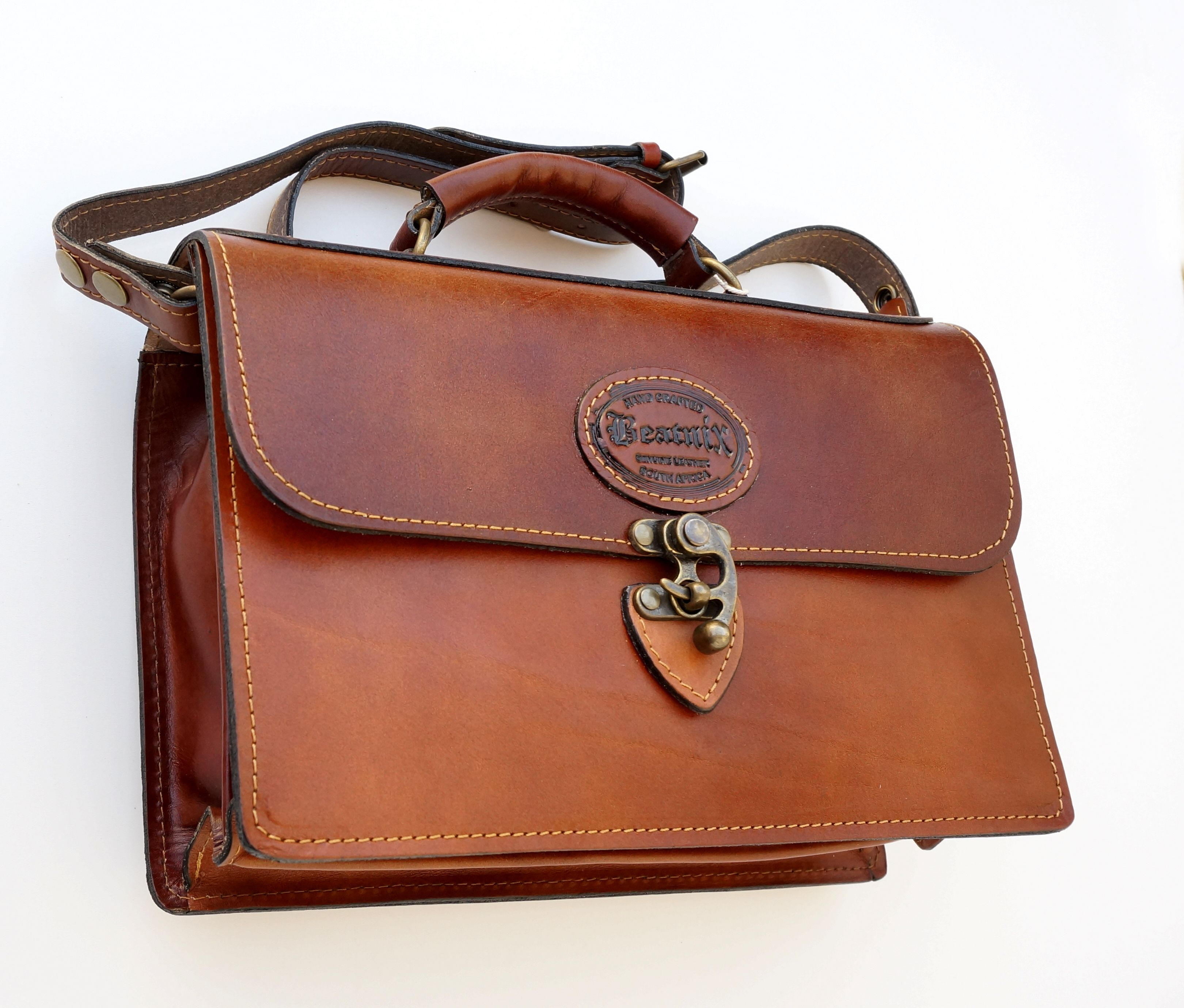 3a38d0294de Beatnix Genuine Leather Handbag Handcrafted in South Africa ...