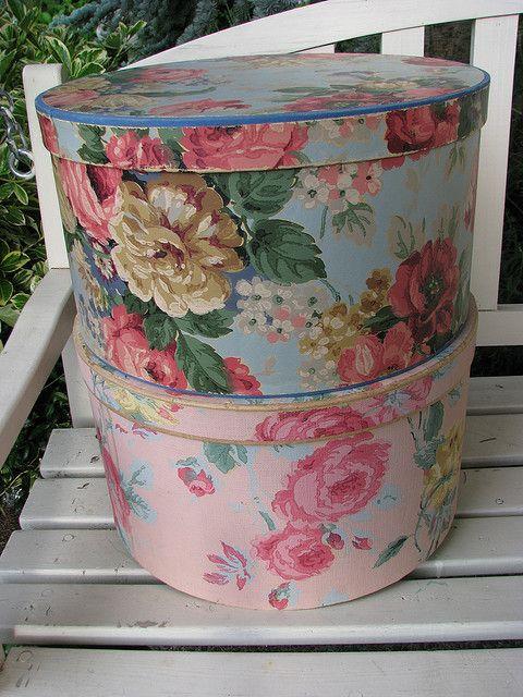 Maison Decor Tin Ceilings: Vintage Hatboxes In 2019
