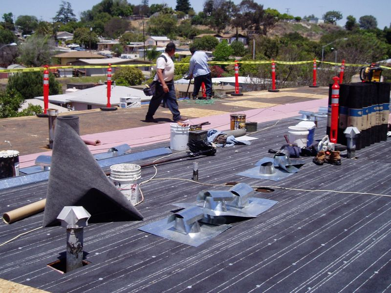 Wide Awake Roofing Are One Of The Finest Commercial Roofing Service Providers In Inglewood They Offer Commercial Roofing Roof Installation Roofing Contractors