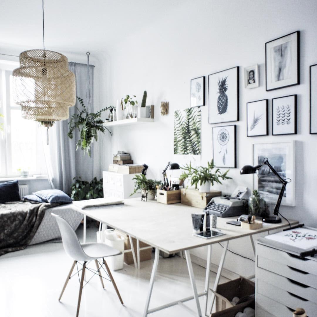 Pin by Nina Livii on Work Space | Pinterest | Interiors, Apartment ...