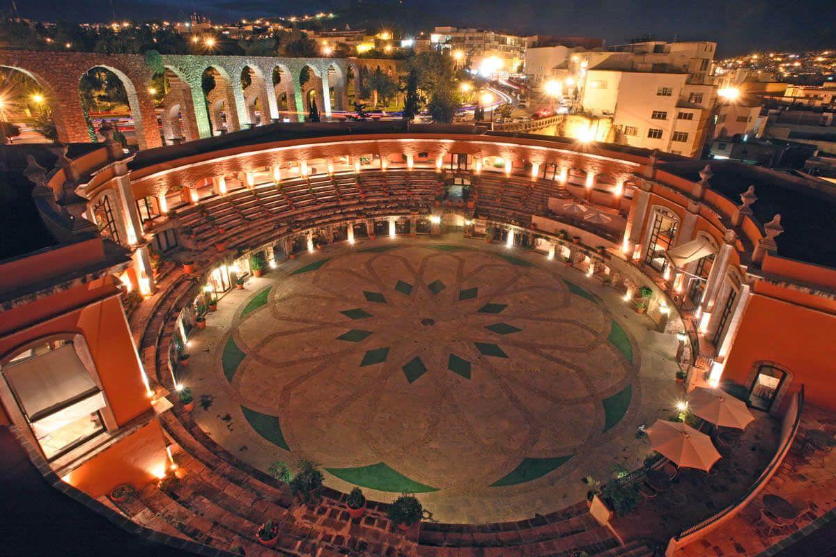 Quinta Real lo encuentras en Segunda de Palomares. Zacatecas.