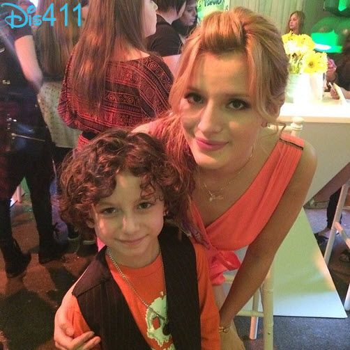 Photo August Maturo With Bella Thorne At Nintendo S Yoshi S New