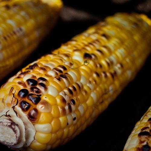 Epis de ma s grill s au barbecue things i like - Cuisiner des epis de mais ...
