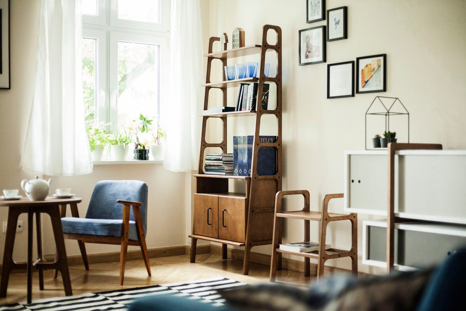 Scandinavian Mid Century Bookcase In 2020 Mid Century Bookcase Plywood Projects Plywood Furniture