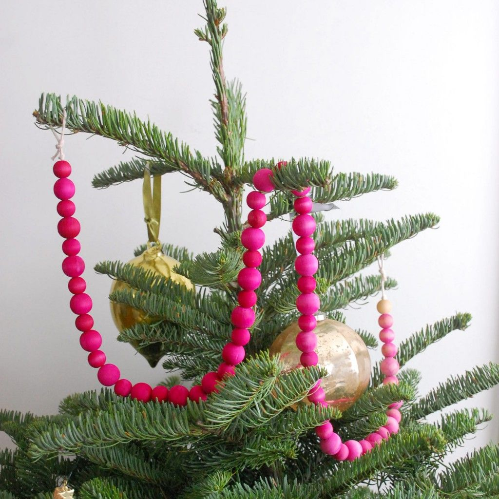How To Make An Ombre Garland Christmas Tree Garland And