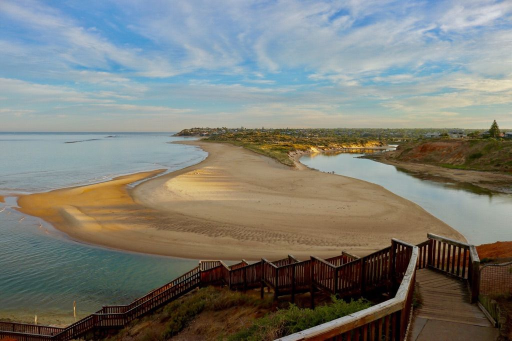 Wake up to the beautiful Onkaparinga River Mouth less than 150 Metres from our door.  Beautiful for swimming, kayaking, sup boarding or watching the day pass you by.