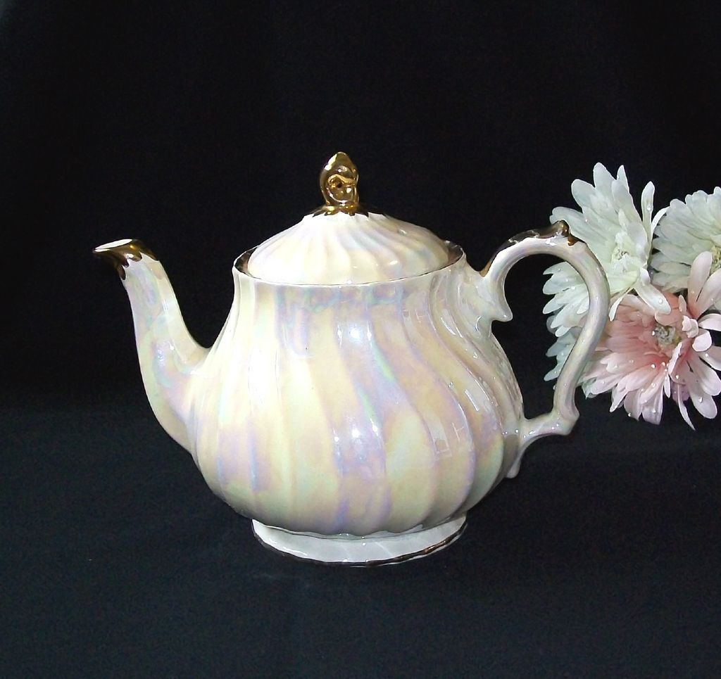 Beautiful Teapot Beautiful Vintage Iridescent Swirl Sadler England Tea Pot