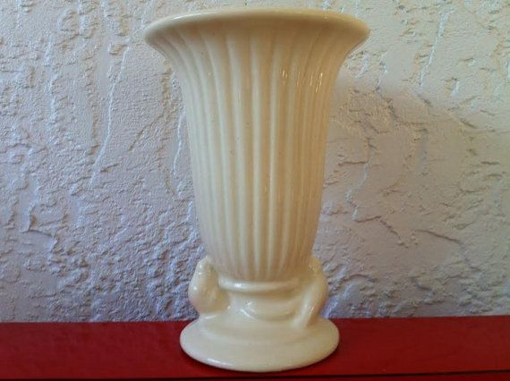 Vintage Haeger Pottery Vase Ivory White Art By Delovelyness Pottery Vase Vintage Pottery White Pottery
