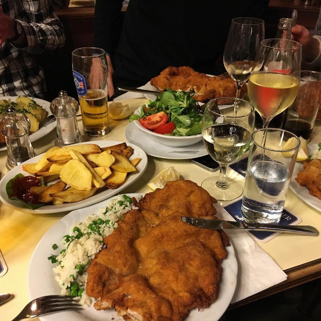 Wo Man In Wien Die Besten Schnitzel Genießt Travel Wiener