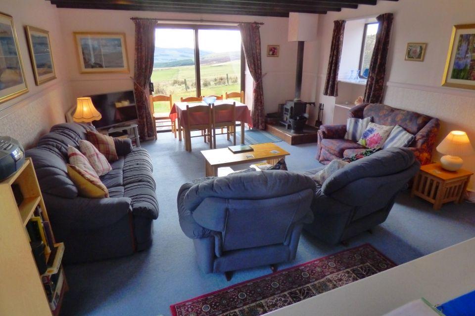 Glenlivet Cottage - lounge/dining room