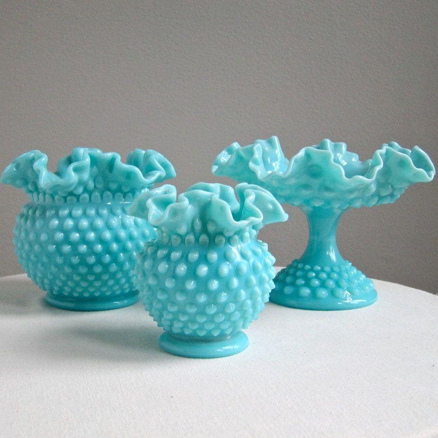 Vintage turquoise blue hobnail milk glass vase by fenton large vintage turquoise blue hobnail milk glass vase by fenton large round reviewsmspy