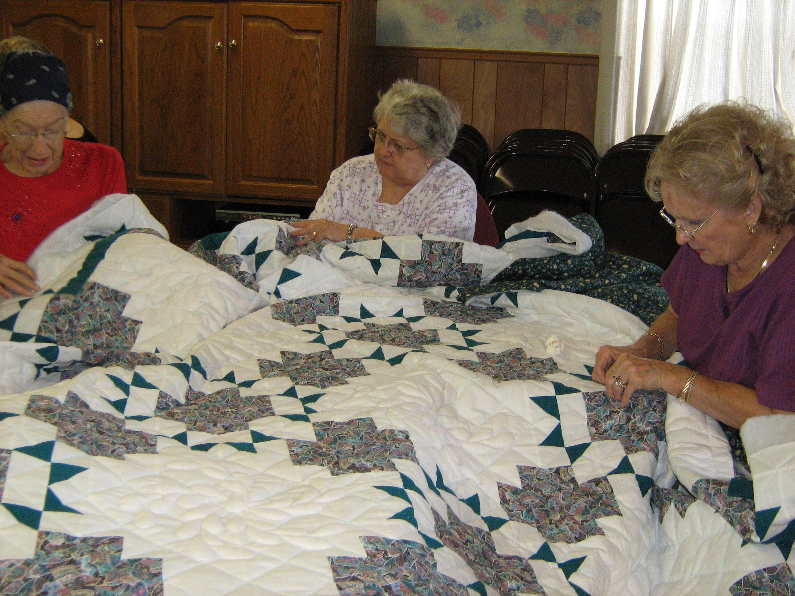 beautiful handmade quilts - Google Search   Craft Ideas ... : quilt handmade - Adamdwight.com