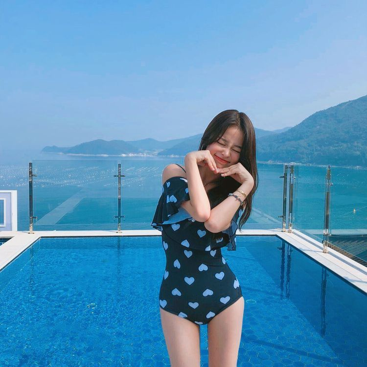 Baju Pantai Wanita Korea