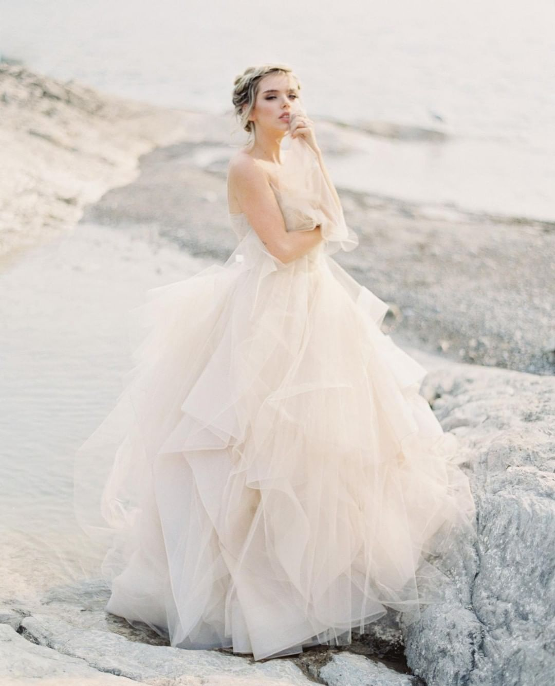 Sara Russell Wedding Sparrow On Instagram Colored Wedding Dresses Are Still My Favo Bridal Gown Inspiration Wedding Dresses Blush Wedding Dress Inspiration