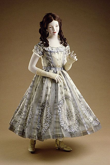 Girl's organdy dress, British, ca 1860