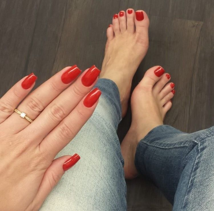 Perfect Feet Red Acrylic Nails Red Gel Nails Acrylic Toe Nails