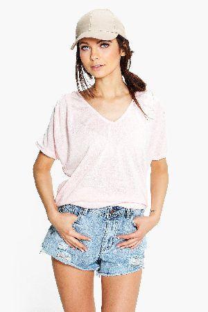 boohoo V-Neck Slouchy T-Shirt - pink CZZ97284 Maya V-Neck Slouchy T-Shirt - pink http://www.MightGet.com/january-2017-13/boohoo-v-neck-slouchy-t-shirt--pink-czz97284.asp