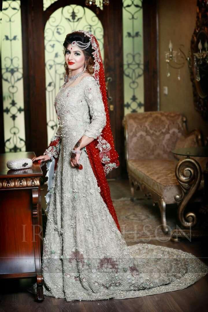 Red Wedding Dress in Pakistan