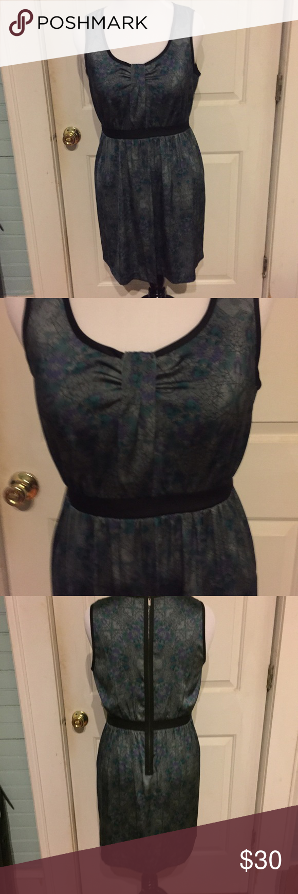 Large Silk sleeveless patterned dress by Kensie Size Large Silk sleeveless patterned dress by Kensie. Like New! Super silky and soft. Pics do not do it justice! Bundle and Save!   Measurements  Length: 36 in  Bust: 34 in  Shoulders: 14 in  Waist: 36 in Hips: 46 in Kensie Dresses Midi