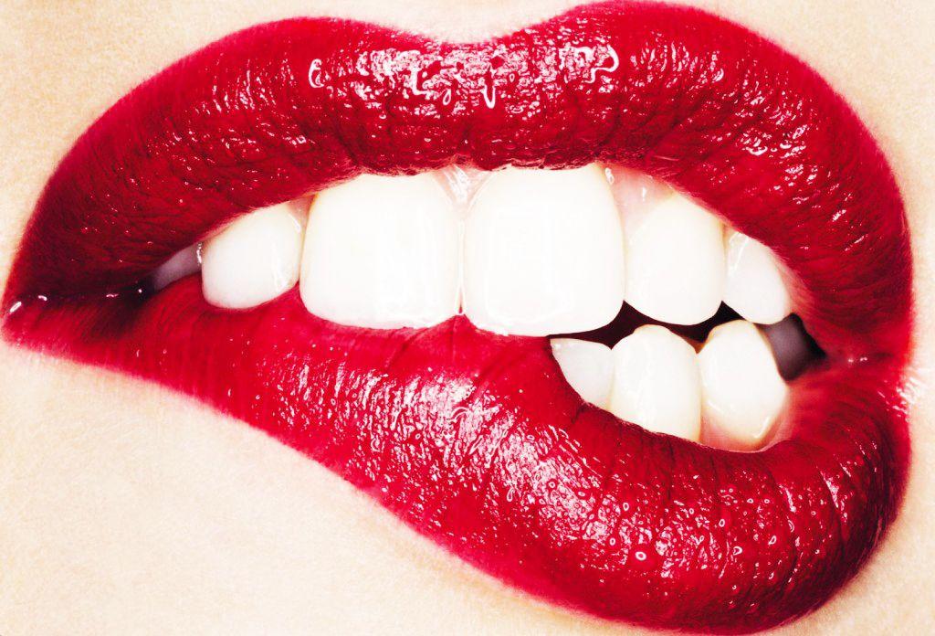 The Secret To Long Lasting Lipstick Red Lips Lips Beautiful Lips