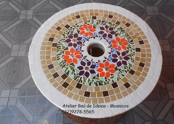 Mesa carretel com rod zios mosaico de pastilhas gemas for Mesas de mosaico