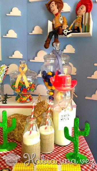 Ambientación Toy Story  48d69797f96