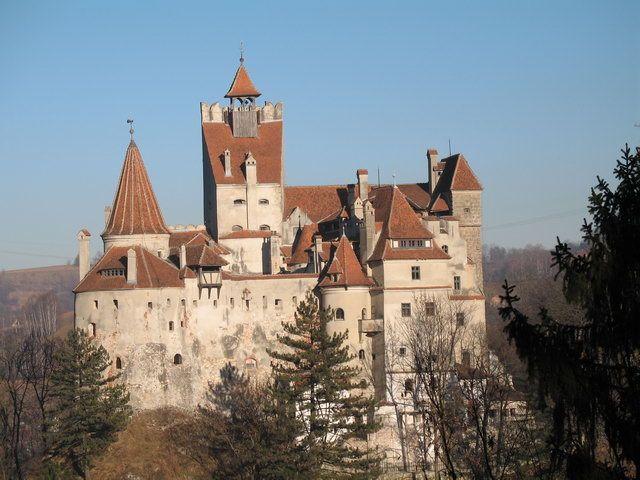 Castillo De Bran Transilvania Rumania Castle Scenic Views Brasov