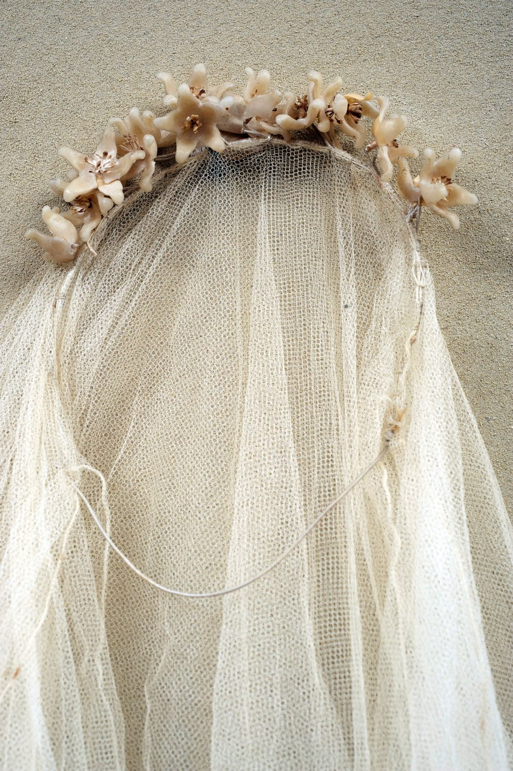 1920 Antique FRENCH ghostly TIARA Tulle VEIL wax lily flowers leaves ...
