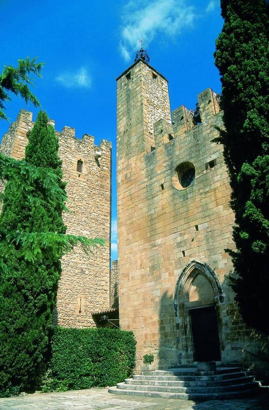 Pin De Vaki En Catalonia My Girona Viajar Por España Castillos Cataluña España